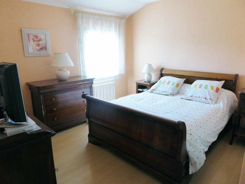 Vente maison / villa Maurepas 325500€ - Photo 5