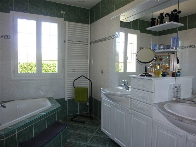 Sale house / villa St georges sur baulche 420000€ - Picture 9
