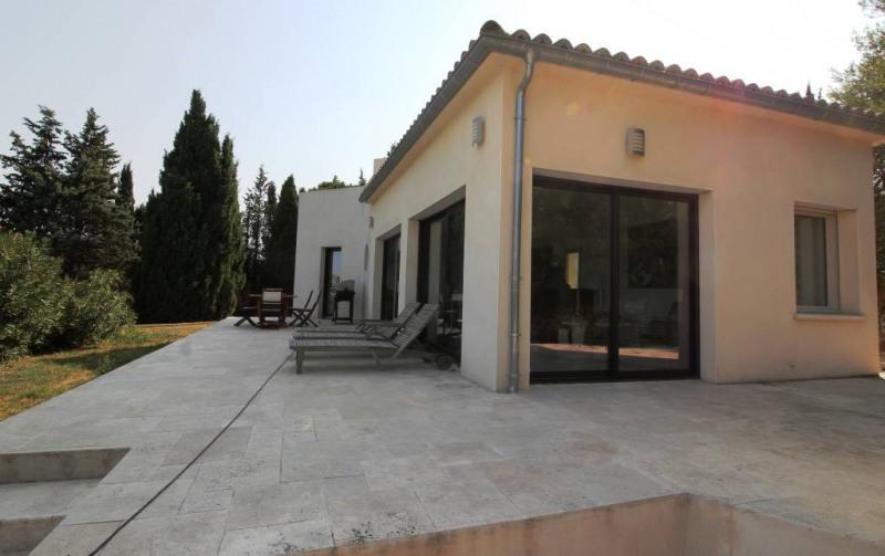 Deluxe sale house / villa Pujaut 936000€ - Picture 1