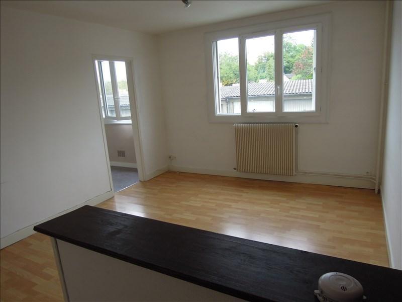 Rental apartment Crepy en valois 480€ CC - Picture 1