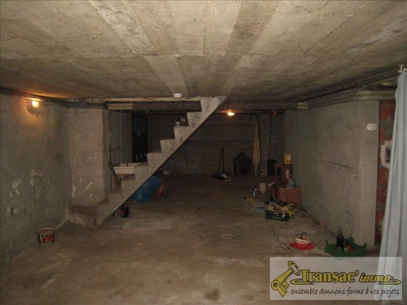 Sale house / villa Puy guillaume 86800€ - Picture 6