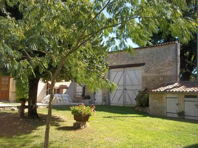 Vente maison / villa Cherves-richemont 297000€ - Photo 11