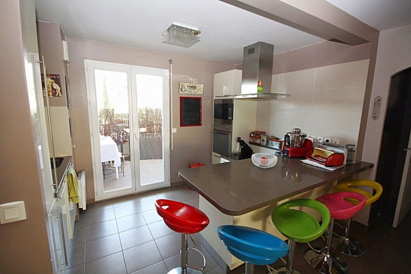 Sale apartment Juan-les-pins 375 000€ - Picture 3