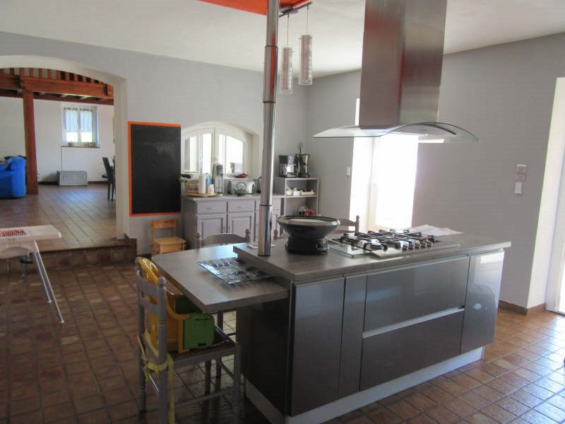 Revenda casa Estrablin 380000€ - Fotografia 6