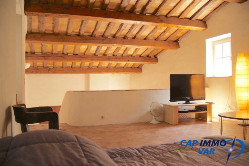 Deluxe sale house / villa Evenos 699 000€ - Picture 10