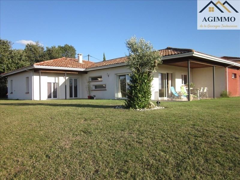 Sale house / villa L isle jourdain 352000€ - Picture 1