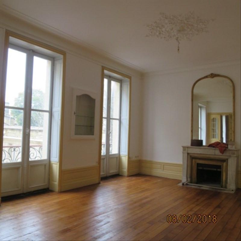 Location appartement Bordeaux 2180€ CC - Photo 3