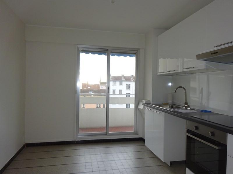 Location appartement Lyon 6ème 1363€ CC - Photo 7