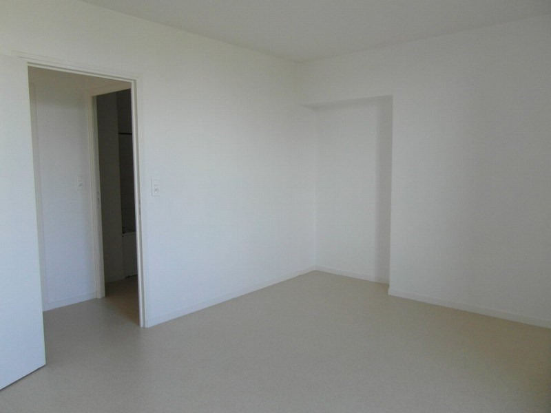 Location appartement Isigny sur mer 481€ CC - Photo 4