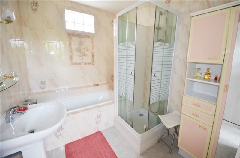 Sale house / villa Carrieres sur seine 760000€ - Picture 8