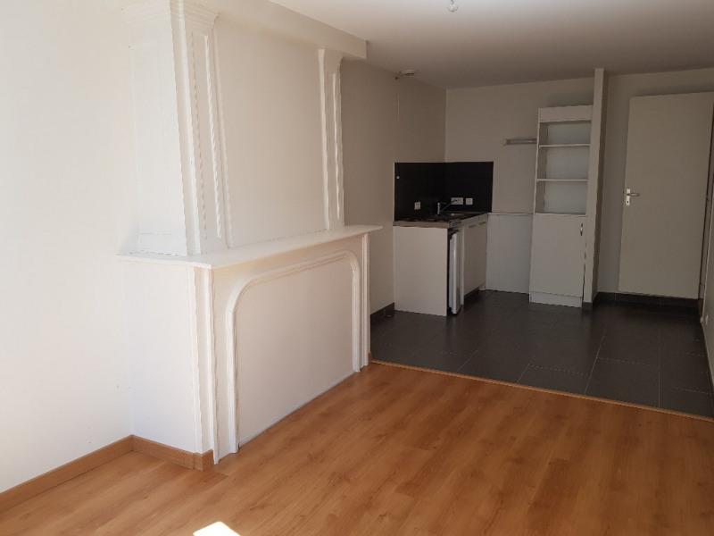 Rental apartment Limoges 463€ CC - Picture 2