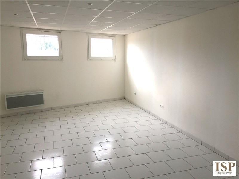 Rental apartment Marseille 10ème 430€ CC - Picture 2