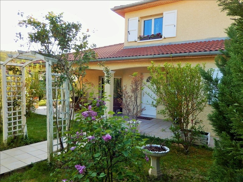 Sale house / villa Beaurepaire 219 000€ - Picture 1