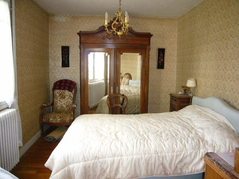 Sale house / villa Champagnac de belair 106900€ - Picture 6