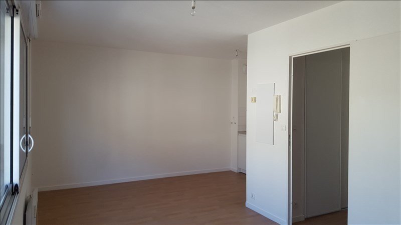 Sale apartment St brieuc 33300€ - Picture 2