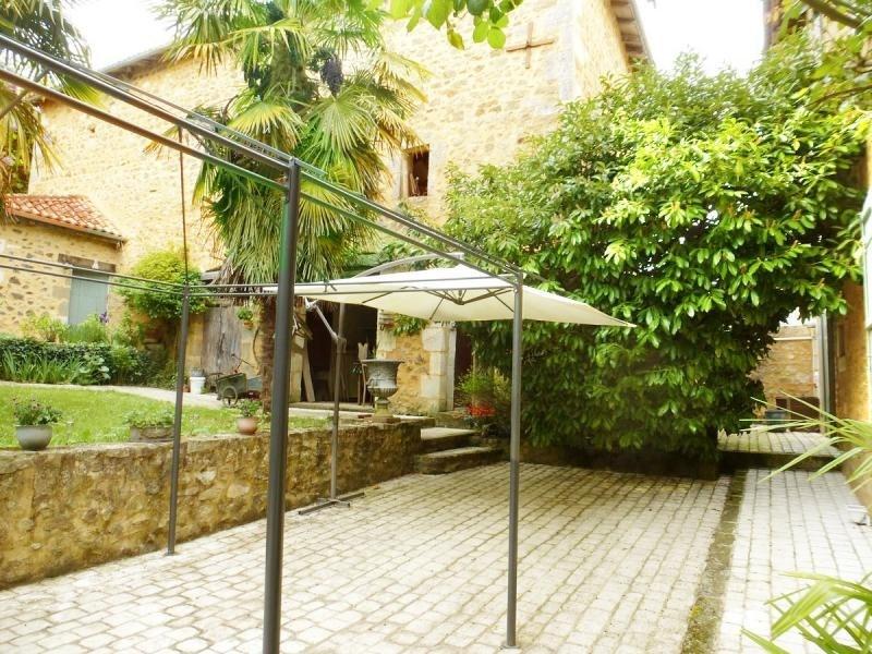 Deluxe sale house / villa Nontron 682500€ - Picture 18