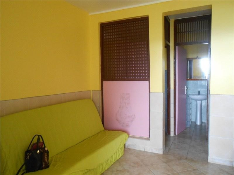 Rental apartment Bouillante 650€cc - Picture 5