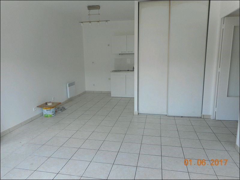 Rental apartment Juvisy-sur-orge 769€ CC - Picture 1