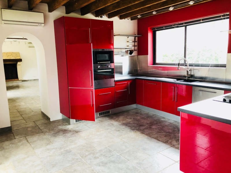 Sale house / villa St clair sur epte 221400€ - Picture 2