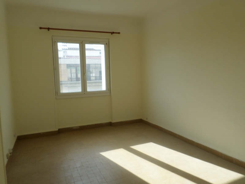 Rental apartment Marseille 2ème 395€ CC - Picture 2