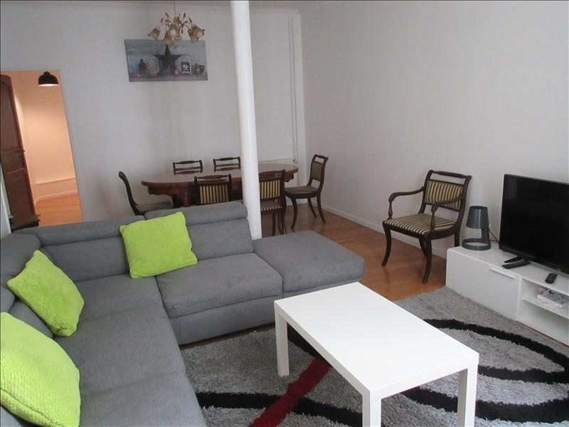 Sale apartment Paris 10ème 890000€ - Picture 2