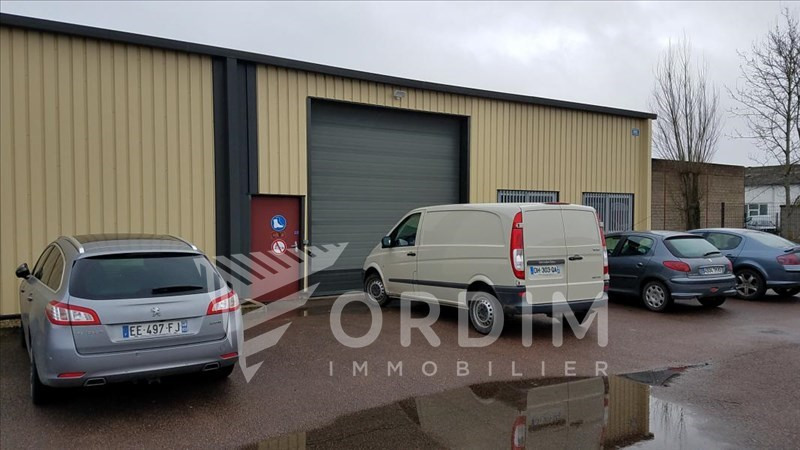 Location local commercial Auxerre 2179€ HC - Photo 8