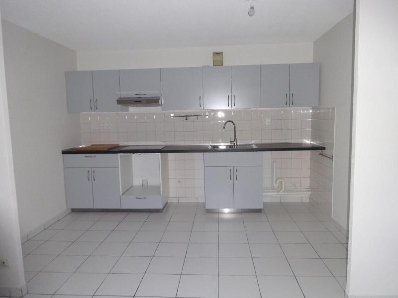 Location appartement Grenoble 598€ CC - Photo 2