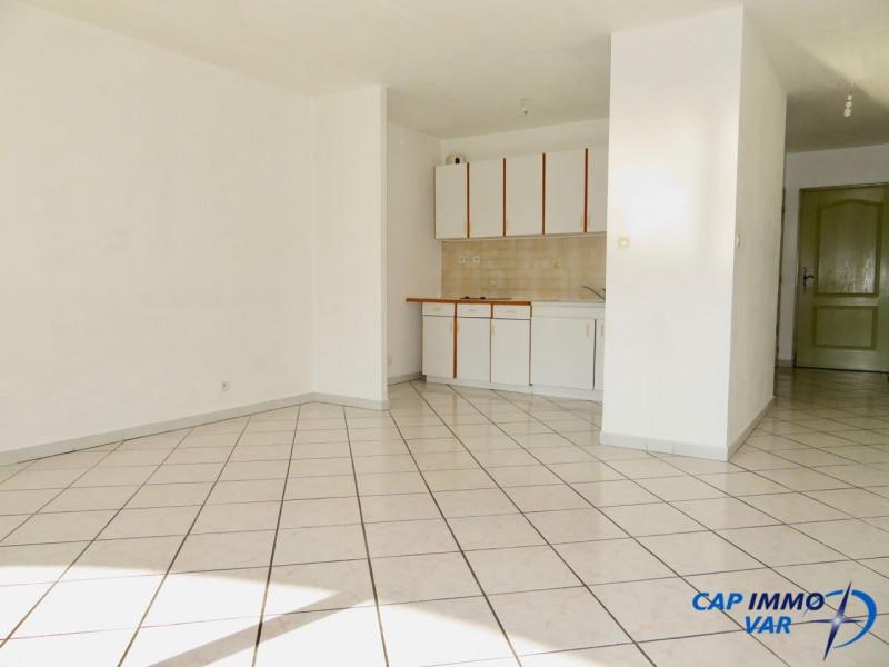 Sale apartment Le beausset 105000€ - Picture 5