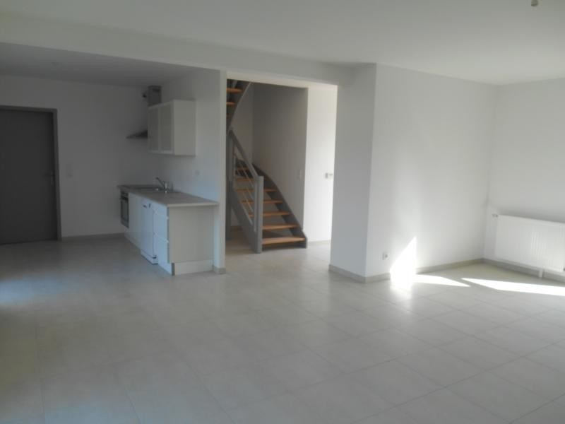 Location maison / villa Troyes 810€ CC - Photo 3
