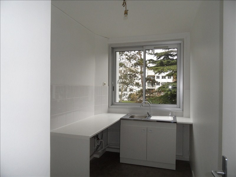 Rental apartment Marly le roi 1 150€ CC - Picture 2