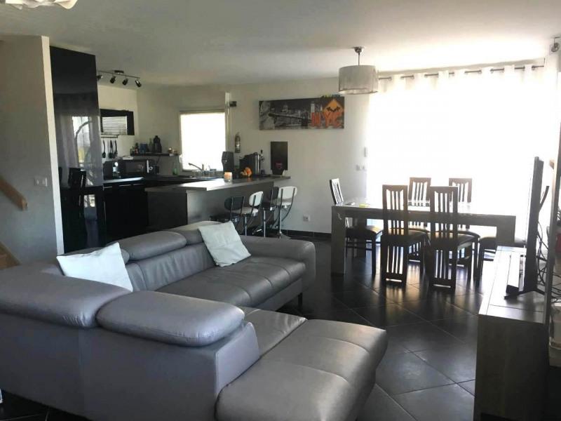 Alquiler  apartamento Saint-pierre-en-faucigny 1450€ +CH - Fotografía 5