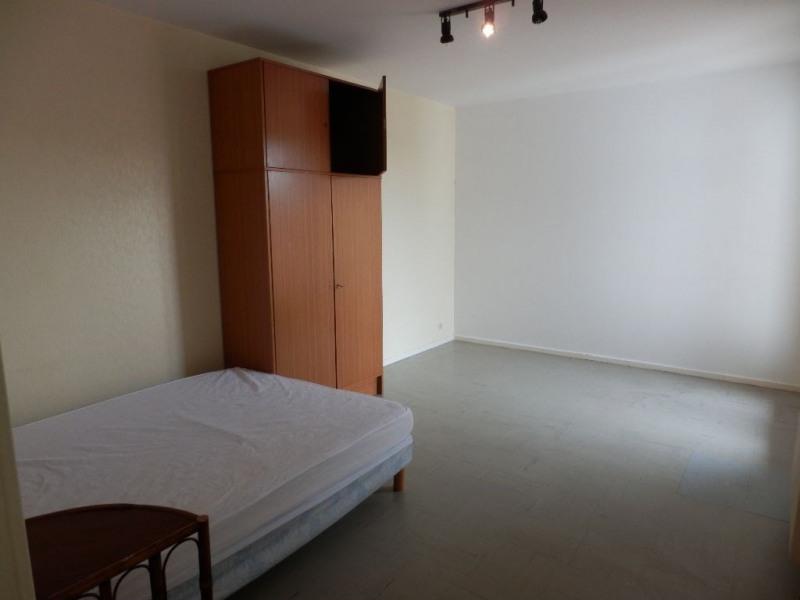 Location appartement Aire sur l adour 300€ CC - Photo 3