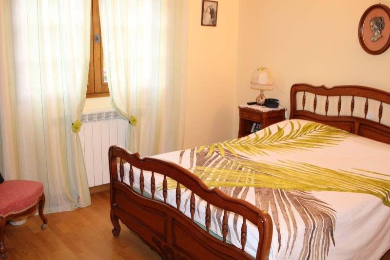 Sale house / villa Lamorlaye 550000€ - Picture 6