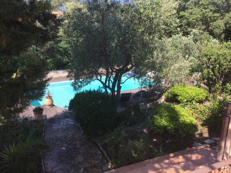 Deluxe sale house / villa Nimes 645000€ - Picture 2