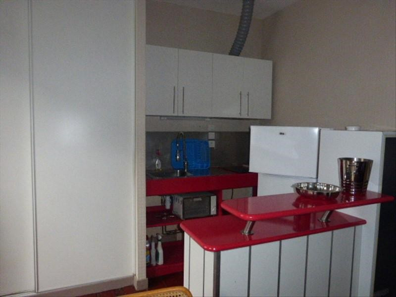 Location appartement Rochefort 450€ CC - Photo 1