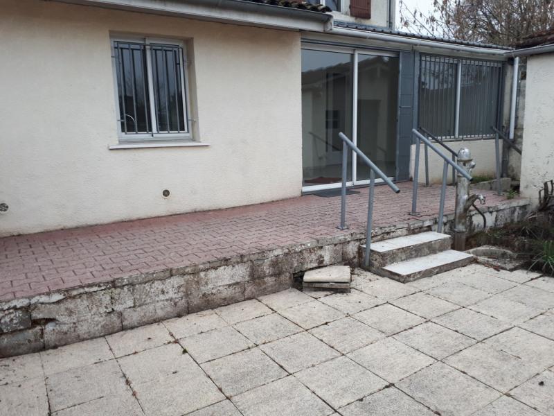 Location maison / villa Castres-gironde 720€ CC - Photo 13