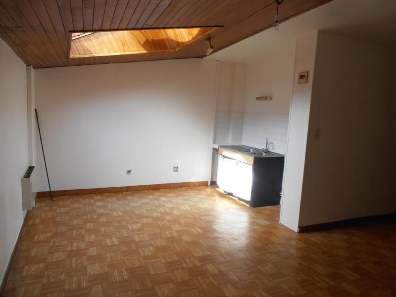 Location appartement Nantua 289€ CC - Photo 2
