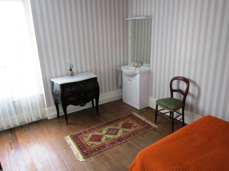Sale house / villa La ferte sous jouarre 220000€ - Picture 9