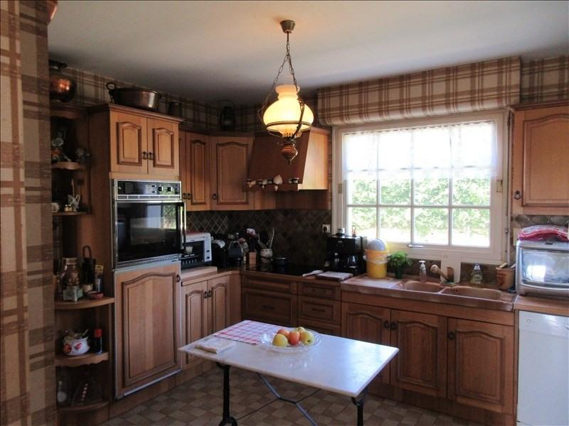 Sale house / villa Pont croix 218820€ - Picture 6