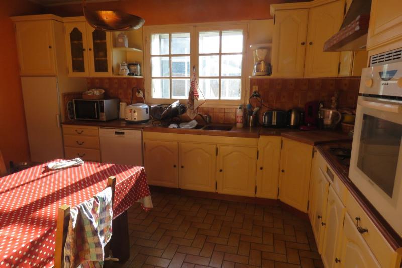 Sale house / villa Locoal mendon 180000€ - Picture 4