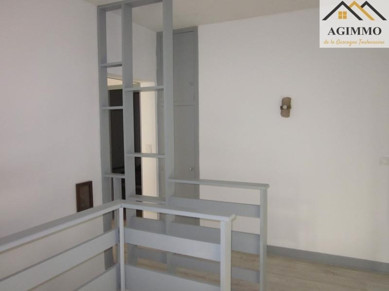 Sale apartment L isle jourdain 195 000€ - Picture 3
