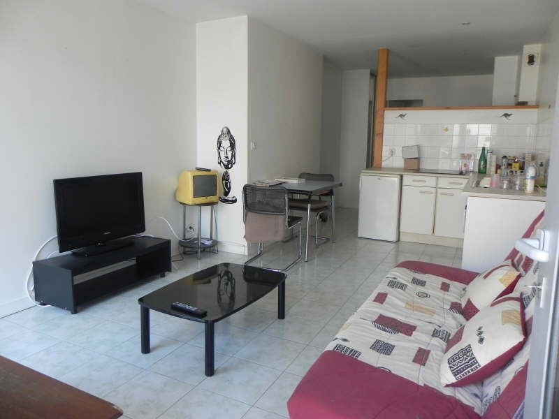 Sale apartment Perros guirec 63 600€ - Picture 2