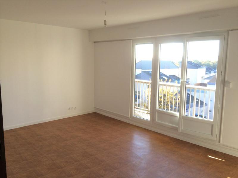 Rental apartment Taverny 982€ CC - Picture 1