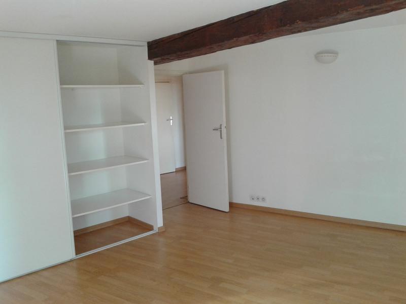 Location appartement Sainte foy les lyon 886€ CC - Photo 7