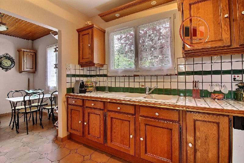 Sale house / villa Irigny 305000€ - Picture 2