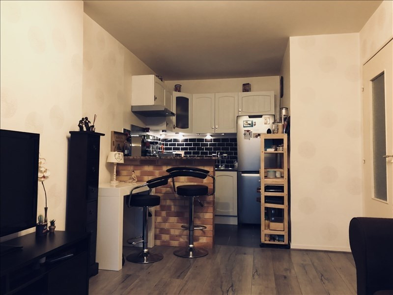 Sale apartment Melun 119500€ - Picture 2