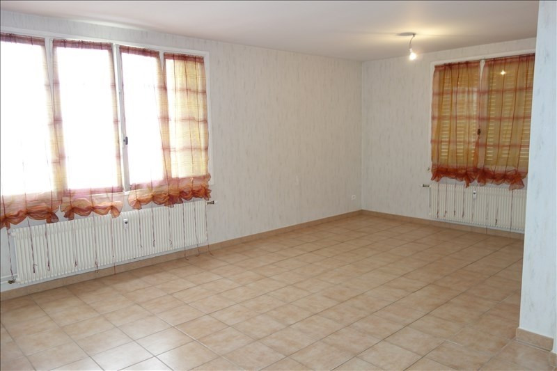 Rental apartment Riorges 579€ CC - Picture 5