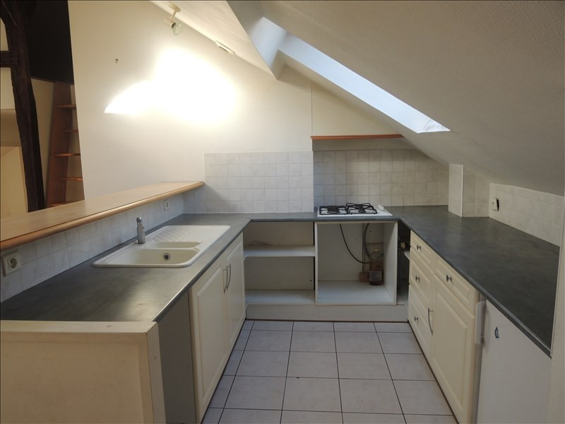 Location appartement Poitiers 580€ CC - Photo 2