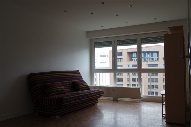 Sale apartment Metz 86000€ - Picture 2