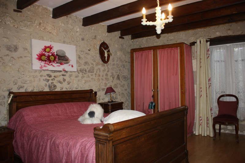 Vente maison / villa Brantome 164900€ - Photo 6